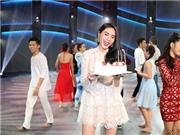 Thủy Tiên được mừng sinh nhật ngay tại 'Thử thách cùng bước nhảy'