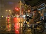Không khí lạnh tăng cường miền Bắc, miền Trung xuất hiện đợt mưa lũ lớn