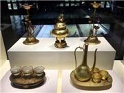 Chiêm ngưỡng Bảo vật hoàng cung triều Nguyễn đang được trưng bày