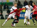 Mourinho và fan Man United nói gì sau khi Mkhitaryan ghi bàn đầu tiên?