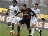 AC Milan hòa, bị Juventus cắt đuôi, Montella vẫn chúc mừng các học trò