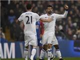 Antonio Conte nói gì về chiếc thẻ vàng của Diego Costa?