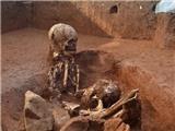 KỲ LẠ: Phát hiện bộ xương người khổng lồ cao 3-5 mét!