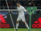 Ronaldo làm nên lịch sử với cú hat-trick vào lưới Kashima Antlers