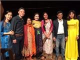 NSND Lệ Ngọc nhận Kỷ niệm chương tại Liên hoan quốc tế kịch độc diễn