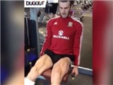 Gareth Bale khiến cộng đồng mạng choáng khi khoe cặp đùi khủng