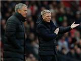CĐV Man United giờ còn chẳng buồn la ó David Moyes