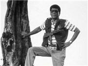 Ảnh thời trai trẻ của Tổng thống Philippines Rodrigo Duterte: Rất ngầu với súng đạn