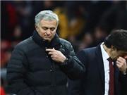 Jose Mourinho: 'Man United được hưởng penalty quá ít. Ibra đã bị ngăn cản để bắt kịp Messi'
