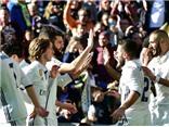 Thắng kiểu 'bàn tay nhỏ', Real Madrid cân bằng kỷ lục bất bại của Barca