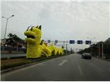 'Rồng Pikachu' và bài toán trang trí đường phố