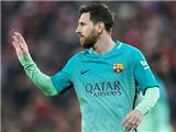 Barcelona cần nghĩ tới mình trước khi gia hạn với Messi
