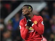 Pogba 'biếu' penalty cho Liverpool trong ngày ra mắt tóc mới