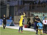 Chuyên gia bóng đá Trịnh Minh Huế: 'Treo giò Omar 8 trận là quá nặng'