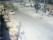 VIDEO xe tải mất lái, san phẳng dãy nhà ven đường, 5 người chết