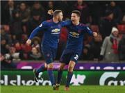 Giải cứu Man United, Rooney phá luôn kỷ lục của huyền thoại Bobby Charlton