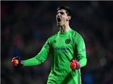 CHUYỂN NHƯỢNG ngày 22/1: Man United mua tiền đạo thay Depay. Real quyết mua Courtois