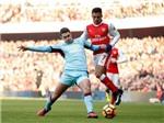 Arsenal 2–1 Burnley: Alexis Sanchez ghi bàn quyết định, Pháo thủ lên nhì bảng
