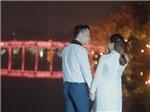 'Sao mai' Hoàng Tùng đưa con trai 'hot boy' vào MV Tết