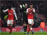 Thierry Henry: 'Arsenal yếu tâm lý, rất khó khắc phục. Wenger nên ở lại'