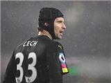 Arsenal: Đã đến lúc Wenger thay thế Petr Cech