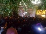 Hàng nghìn người chờ 'dấu thiêng' dù đền Trần không khai ấn lúc 0h