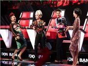 Giọng hát Việt: Nhiều HLV 'lao' lên sân khấu giành một soái ca