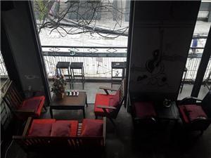 Vì sao Kleine Ecke Coffee trở thành thế giới hoài niệm, hẹn hò lí tưởng?