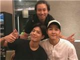 Fan hoang mang khi Song Joong Ki đăng ảnh chụp cùng Park Bo Gum ngày Valentine