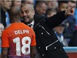 Huddersfield 0–0 Man City: Aguero tịt ngòi, Guardiola tức giận vì hòa bạc nhược