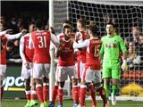 Sutton 0-2 Arsenal: Walcott cán mốc lịch sử, 'Pháo thủ' vất vả vượt qua đội kém... 105 bậc