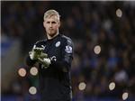Schmeichel phủ nhận cầu thủ Leicester tạo phản, gửi tâm thư đến Ranieri