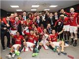 Vô địch cúp Liên đoàn, Man United cân bằng danh hiệu với Liverpool
