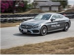 Khách hàng Việt trải nghiệm Mercedes-Benz trên đường đua quốc tế
