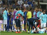 SỐC!!! HLV Bosnia lên gối, đấm gãy răng cầu thủ Hy Lạp tại VL World Cup 2018